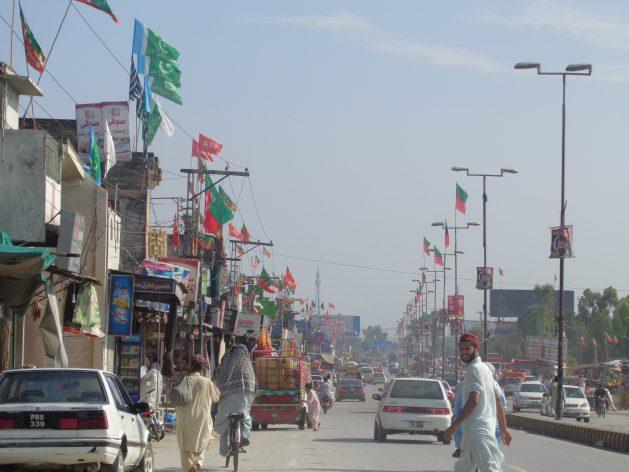 La ciudadanía de Pakistán rechazó a los partidos políticos vinculados actividades extremistas en las elecciones generales del 25 de julio de 2018, con una participación histórica en las urnas. Crédito: Ashfaq Yusufzai/IPS.