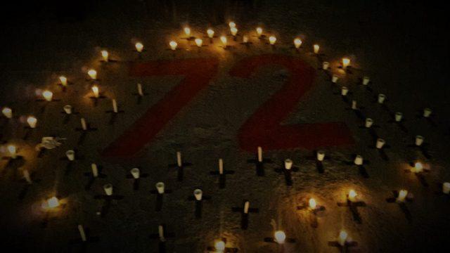 En el solar del viejo almacén donde fueron asesinados 72 migrantes el 22 de agosto de 2010, se colocaron 72 pequeñas cruces al cumplirse ocho años de una masacre sin esclarecer en México. Crédito: José Ignacio de Alba/EnElCamino
