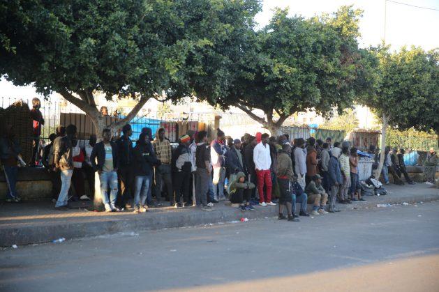 Migrantes en las calles de Casablanca, Marruecos. Crédito: Cortesía: Alié Dior Ndour.