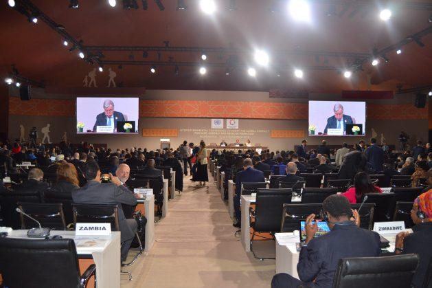 El 10 de diciembre de 2018, 164 países adoptaron el primer acuerdo intergubernamental negociado que busca cubrir todas las dimensiones de las migraciones. Crédito: Cortesía: Steven Nsamaza.