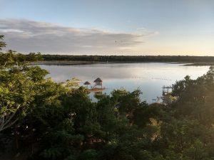 Ecosistemas como la laguna de Síijil Noh Há (donde nace el agua, en maya), en Felipe Carrillo Puerto, en la península de Yucatán, soportan ya los impactos del cambio climático en uno de los municipios de México incluidos entre los más vulnerables a fenómeno. Crédito: Emilio Godoy/IPS