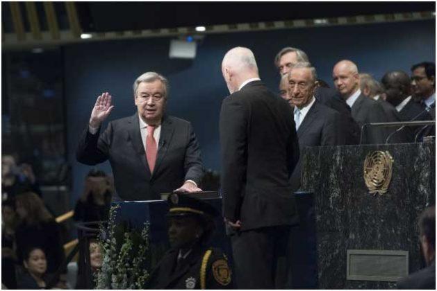 El secretario general de la ONU, António Guterres, asume el cargo al frente de la Secretaría General por cinco años . Crédito: Mark Garten/ UN Photo.