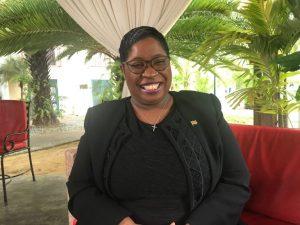 La ministra de Relaciones Exteriores de Suriname, Yldiz Deborah Pollack-Beighle, dijo que la adopción de la Declaración Conjunta de la Krutu de Paramaribo sobre fondos climáticos para los países HFLD ya no serán los que aporten la solución al cambio climático y al recalentamiento global sin la asistencia financiera necesaria. Crédito: Desmond Brown/IPS
