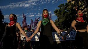 Activistas chilenas por los derechos de las mujeres, durante una manifestación contra la violencia de género. Crédito: Crisis Group