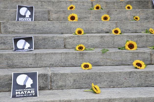 Uno de los actos en demanda de que se llegue a los mandantes del asesinato de la concejala Marielle Franco, en la Asamblea Legislativa de Río de Janeiro, después que los dos presuntos ejecutores ya fueron detenidos, dos días antes del primer aniversario de su muerte, el 14 de marzo. Crédito: Tomaz Silva/Agência Brasil
