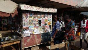 Ghana solía disfrutar de una prensa próspera y llegó a ser el número uno en África en términos de libertad de expresión. Pero ahora la situación ha cambiado. Crédito: Kwaku Botwe / IPS