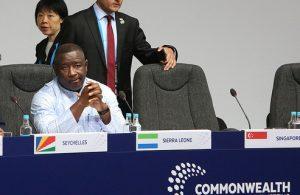 El presidente de Sierra Leona, Julius Maada Bio, que el 4 de abril cumple un primer año de gobierno, que ha devuelto la esperanza a la población del país de África occidental, tras una década signada por la corrupción y la mala gestión. Crédito: Commonwealth