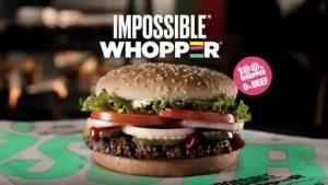 La carne del Impossible Whopper, basada en vegetales, es fabricada por Impossible Foods, Campeones de la Tierra de ONU Medio Ambiente. Crédito: Burger King