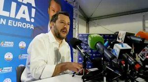 El ministro del Interior de Italia, Matteo Salvini, durante la rueda de prensa que brindó el 27 de mayo, tras el éxito de su partido, la Liga Norte, en las elecciones europeas. Crédito: Liga Norte