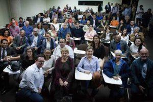 Durante su visita a Caracas, entre el 19 y el 21 de junio, Michelle Bachelet se reunió con dirigentes y activistas de organizaciones de derechos humanos en Venezuela, cuya información ha apoyado el trabajo de la oficina alta comisionada de las Naciones Unidas para los Derechos Humanos, y de la misión técnica de su oficina que estuvo en el país en marzo. Crédito: Cortesía Guillermo Suárez /Cofavic
