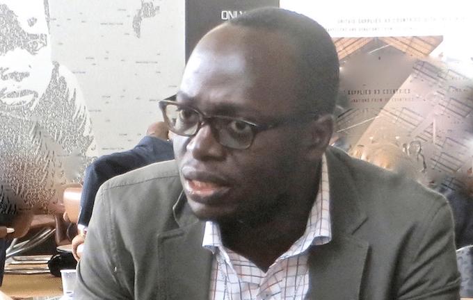 El corresponsal de IPS en Tanzania, Erick Kabendera, detenido el lunes 29 en Dar es Salaam, capital de hecho del país, según confirmó la policía horas después de ser llevado de su vivienda por un grupo de hombres no identificados. Crédito: IPS