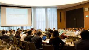 Uno de los foros del Grupo de Negociaciones sobre las Normas, en la sede de la OMC en Ginebra, que en septiembre debe afrontar el espinoso tema del acuerdo sobre las subvenciones de la pesca. Crédito: OMC