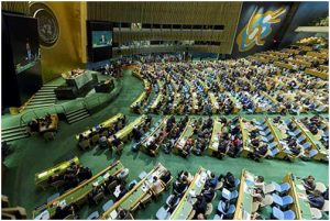 Vista parcial y lateral de la sala de la Asamblea General de las Naciones Unidas. Crédito: ONU