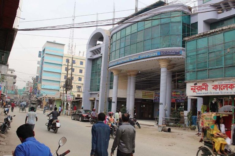 La Organización Internacional para las Migraciones dice que en Bangladesh las víctimas de la trata de personas son secuestradas o atraídas con la promesa de una vida mejor para ser comerciadas y explotadas. Crédito: Rafiqul Islam Sarker / IPS