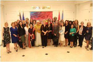 El Círculo de Mujeres Embajadoras ante la ONU en Nueva York alcanzó la cifra récord de integrantes, con 50 representantes permanente ante el foro mundial. Pero la paridad de género sigue muy lejos, porque sus colegas varones son 140. Crédito: CWA