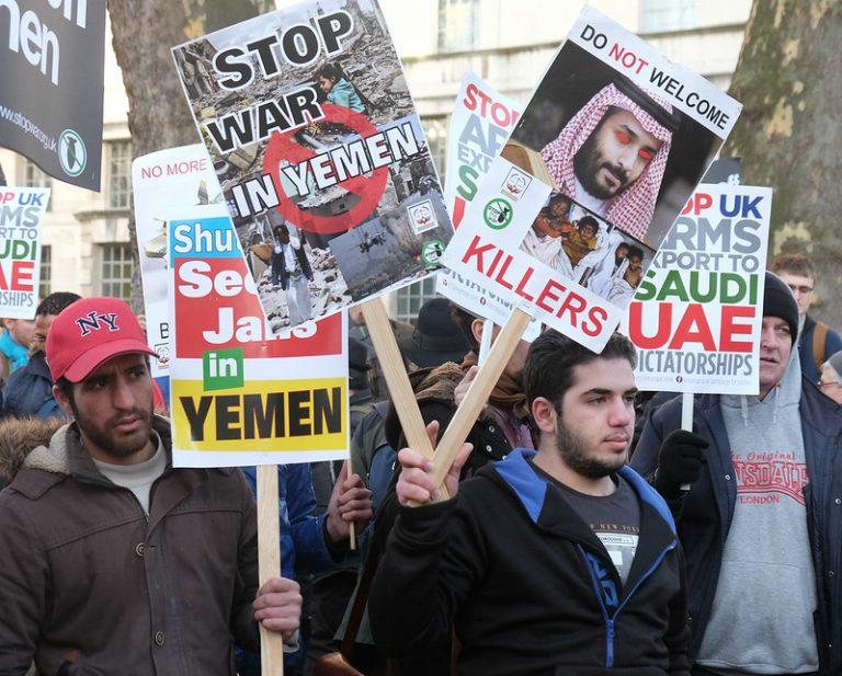 Una protesta contra la visita del príncipe heredero saudí, Mohammed bin Salman, a Londres el año pasado. Organizaciones de derechos humanos han iniciado una campaña en línea contra la participación de su organización benéfica, la Fundación Misk, en el Foro Juvenil que realiza este mes la Unesco en París Crédito: Alisdare Hickson / CC by 2.0
