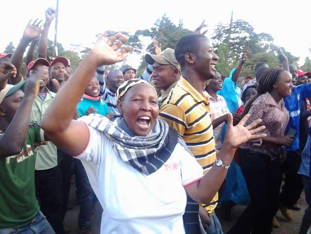 La igualdad de género y el empoderamiento de la mujer, junto con el cumplimiento de las demoradas promesas a favor de sus derechos de su salud reproductiva, van a ser el corazón de las deliberaciones de la 25 Conferencia Internacional sobre Población y Desarrollo, que acoge Nairobi entre el martes 12 y el jueves 14. Crédito: Joyce Chimbi / IPS