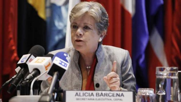 La secretaria ejecutiva de la Cepal, Alicia Barcena, durante la presentacion este jueves 28 del Panorama Social de América Latina 2019, en la sede del organismo en Santiago de Chile. Crédito: Carlos Vera/Cepal