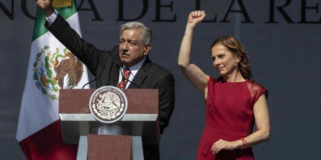 Con la modificación de varias leyes y la aprobación de varias reformas constitucionales durante el primer año de gestión de López Obrador, el presidente asegura que ya se han sentado las bases de una transformación histórica