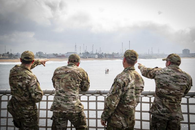 Con el fin de redirigir su foco a otros asuntos de interés como China y Rusia, Estados Unidos está contemplando el retiro de soldados estadounidenses de África occidental