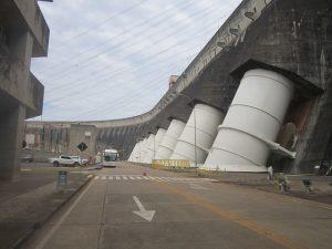 Por iniciativa de Itaipú, la segunda planta hidroeléctrica del mundo por su potencial, se concreta la sinergia con hidroeléctricas que potencia el biogás en Brasil
