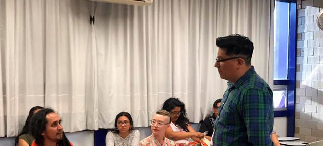 En la lucha por la conservación de las lenguas, la Universidad Nacional Autónoma de México (UNAM) ofrece a sus estudiantes la oportunidad de aprender náhuatl, una lengua indígena que se habla en algunas zonas de la Ciudad de México