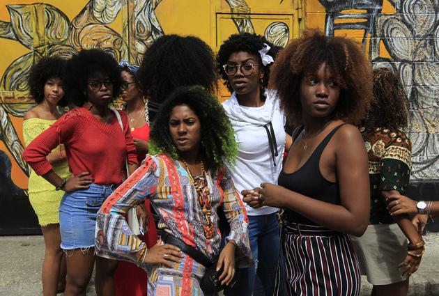 Un grupo de mujeres afrocubanas, congregadas durante una de las actividades de este año en Cuba con motivo del Día Internacional de la Mujer, el 8 de marzo. Foto: Jorge Luis Baños/IPS