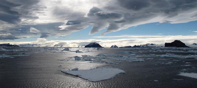 El cambio climático es más grave que el coronavirus. Las epidemias de dengue, el hambre, las inundaciones o los incendios que castigan a muchos países de América Latina y África están asociados al cambio climático