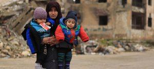 La guerra en Siria ha dejado más de 11 millones de personas que necesitan ayuda humanitaria. El número de personas sin acceso fiable a los alimentos es de casi ocho millones y, en sólo un año, aumentó más de 20 por ciento