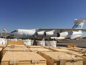 Las agencias de la ONU inmersas en la lucha contra la pandemia covid-19 pidieron a sus donantes (Estados y particulares) que aporten con urgencia otros 350 millones de dólares, para poder establecer el sistema logístico necesario para llevar ayuda a los países más pobres.