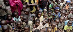 El número de menores desplazados por los conflictos armados creció durante 2019 y su situación puede agravarse con la llegada de la pandemia covid-19 a los frágiles campamentos donde sobreviven.