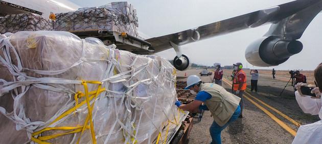 La ONU reclama que el gobierno de Venezuela asuma medidas urgentes para atender el trasfondo de crisis humanitaria en el país, y también piden que se suspendan las sanciones comerciales estadounidenses.
