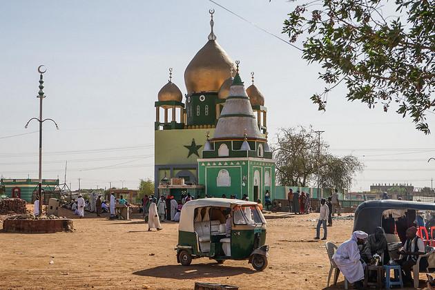 La Conferencia de Asociación de Sudán, celebrada mediante una teleconferencia el 25 de junio, prometió 1800 millones de dólares para respaldar al gobierno de transición, facilitar el acceso a préstamos y aliviar parcialmente su deuda externa. Foto: Cortesía: Nina R/ CC por 2.0