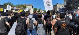 Las protestas contra la injusticia racial y la brutalidad policial en Estados Unidos se propagaron por todo el país, incluida la sede de las Naciones Unidas: Nueva York. Pero la cúpula del organismo mundial mantiene silencio sobre la crisis. Foto: Shirin Yaseen/ONU