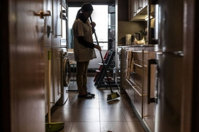 La mayoría de las trabajadoras domésticas labora en condiciones de informalidad, lo que les coloca en primera línea como víctimas de la actual crisis de salud, social y económica, por los que agencias de la ONU recomiendan a los Estados adoptar nuevas medidas que las protejan. Foto: Caceh