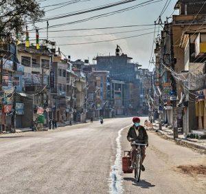Uno de los muchos barrios en el mundo sumidos en la pobreza, de la que se han hecho mediciones que falsean las cifras y las presentan más auspiciosas. Foto: Banco Mundial
