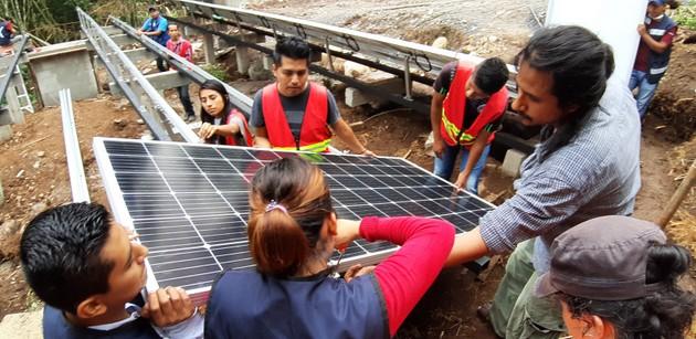 La cooperativa Onergia instala sistemas fotovoltaicos promoviendo la generación distribuida en México.