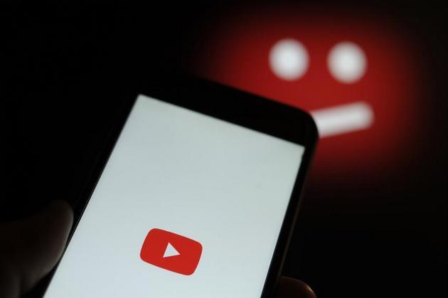 Redes como YouTube, Facebook y Twitter, al eliminar contenidos que consideran terroristas, extremistas violentos o cargados de odio, borran piezas que pueden ser usadas, incluso ante tribunales, para documentar crímenes de guerra y otras violaciones a los derechos humanos: Imagen Jaap Arriens-Nur Phot/HRW