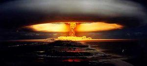 El control de armas nucleares está en crisis ya que nueve potencias nucleares del mundo están violando los acuerdos existentes.