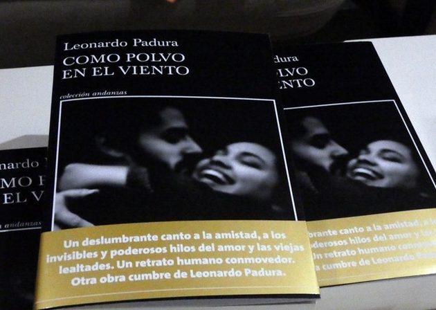 Escrito de Leonardo Padura, análisis social sobre la amistad, el amor y la lealtad.