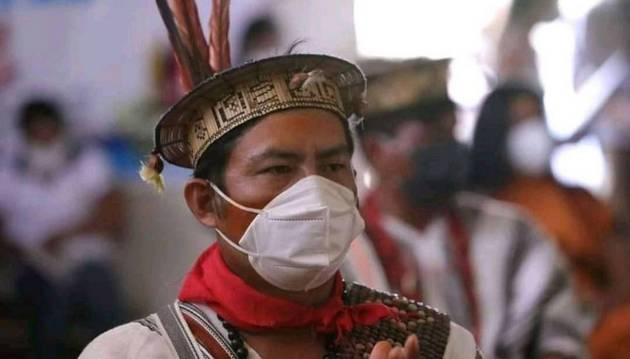 Indígenas del Amazonas utilizan el conocimiento ancestral para enfrentar enfermedades como la actual pandemia por COVID-19.