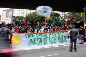 Protesta en São Paulo por el asesinato de João Alberto Freitas. Se incrementa la violencia racial en Brasil.