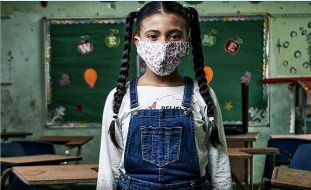 Informe de UNICEF advierte sobre las dificultades de la educación a distancia y el riesgo de algunos niños de perder la escolarización.