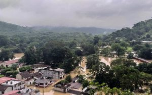 Las lluvias en el estado de Tabasco, en el sureste de México, son cada vez más torrenciales, frecuentes y largas, por el impacto de la emisión de gases de efecto invernadero.