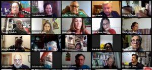 Pantalla de la asamblea de clausura, el 31 de enero, del Foro Social Mundial 2021, que se realizó en formato virtual desde el 23 de enero. Las dificultades de organización de una reunión inédita, a través de medios digitales, no impidieron que, según los organizadores, hubiera 9561 participantes de 144 países y 1360 organizaciones en 751 actividades, entre talleres, mesas redondas, debates y asambleas sectoriales. Foto: Mario Osava/IPS