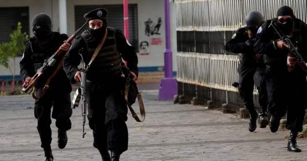 A la represión policial en las calles ha seguido el encarcelamiento de activistas, hostigamiento a sus familias y elaboración de leyes restrictivas de las libertades ciudadanas, según Amnistía Internacional. Foto: Oswaldo Rivas/AI
