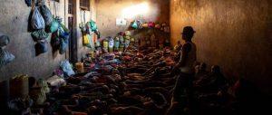 El hacinamiento en las cárceles de más de 100 países en todo el mundo comporta riesgos para brotes de la pandemia covid-19, lo que requiere atención preferente de los gobiernos según Amnistía Internacional. Foto: Ricahrd Burton/AI