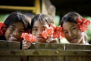 Los derechos de millones de niñas y niños a una vida sin violencia o explotación han resultado vulnerados durante los confinamientos por la pandemia covid-19. Foto: C. Eitzen/Unicef