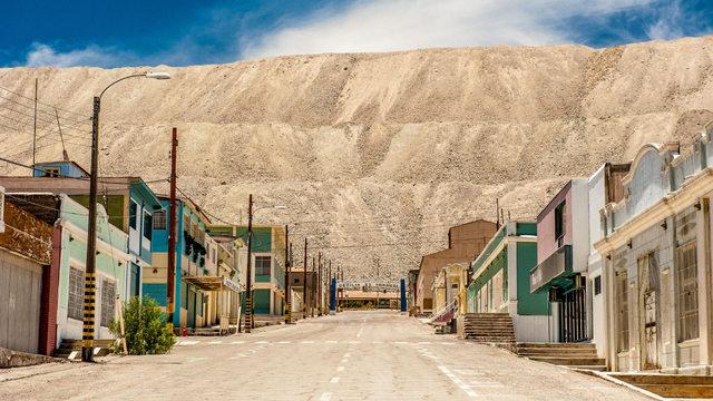 Chuqicamata, la mina de cobre a cielo abierto más grande del mundo, en Calama, Chile. Los metales y minerales están entre los sectores menos afectados por la caída en la inversión extranjera directa, que abarcó a todo el mundo y relativamente más a América Latina y el Caribe. Foto: Baisa/Unctad