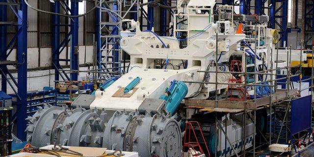 La minería submarina requiere maquinaria pesada para extraer los nódulos polimetálicos del lecho marino. Foto: Alamy